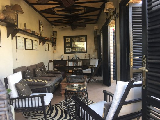 Riad Idra : A relaxing place to have tea on the roof terrace