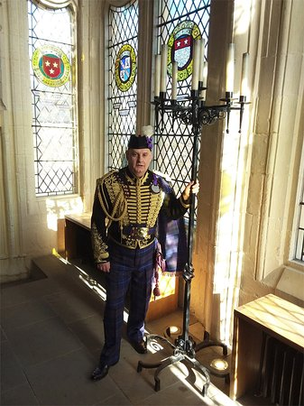 Perth, UK: Jacobite Tours' Alba Hussar at Stirling Castle