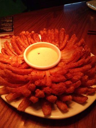 Easley, SC: Bloomin Onion!