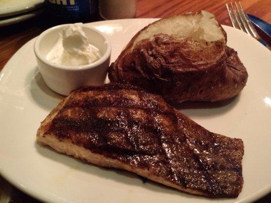 Easley, SC: Delicious salmon!