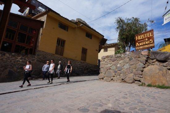 """""""Puerta hacia Hostel Andenes"""""""