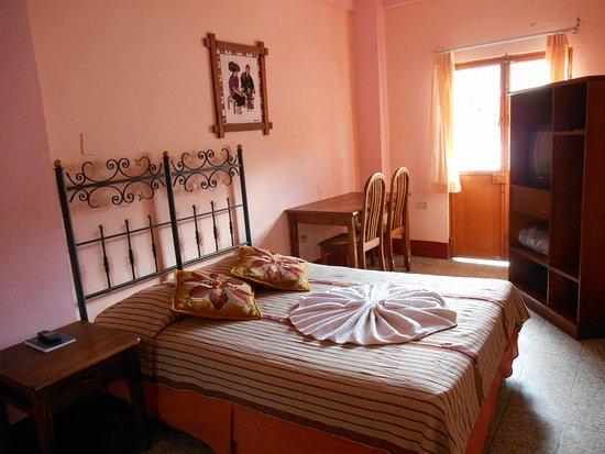 Hotel El Chaparral Photo