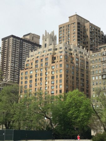 Apartment Building Ghostbusters ghostbusters building - picture of ghostbusters building, new york