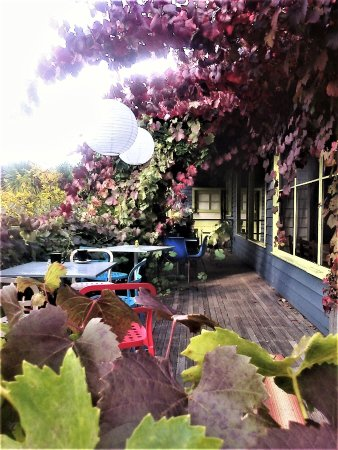 Daylesford, Australia: Lovely verandah upon which to enjoy afternoon tea  [April 2017