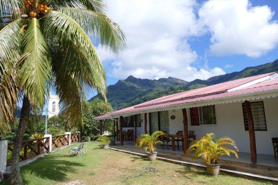 Choice Villa: Blick zu den Ferienwohnungen