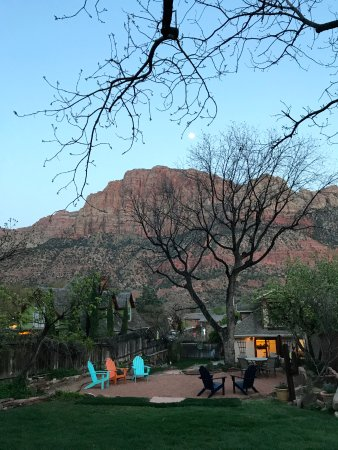 Фотография Red Rock Inn Bed and Breakfast Cottages