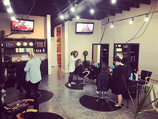 Campbellsville, KY: TGR has a fresh look and was recently remodeled for the Grand Reopening.