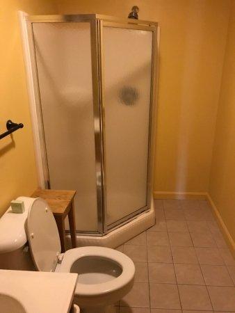 Sanbornton, New Hampshire: Master Bathroom