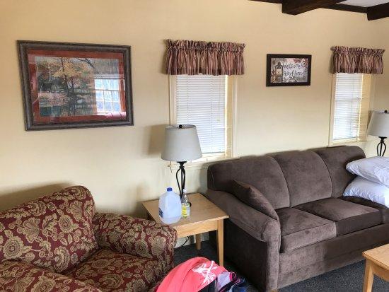 Sanbornton, NH : Living Room
