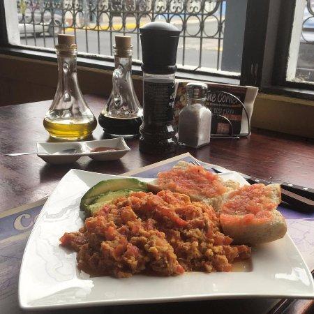 The Corner Pizzeria & Cafeteria: Turkish Breakfast