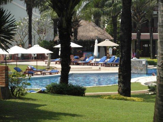 Palm Garden Beach Resort & Spa: Hotel pool area