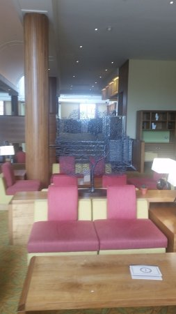 Bearsted, UK: Mezzanine Bar seating area
