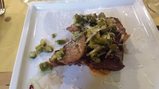 Osteria Al Turbine: tagliata con asparagi e grana