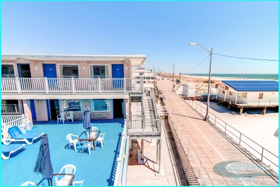 Ocean Front Motel Picture