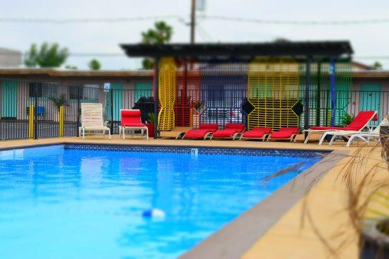 Pool - Picture of Desert Hills Motel, Las Vegas - Tripadvisor