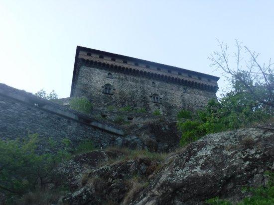 Verres, Italy: Vista del castello