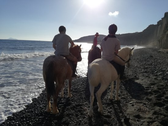 #Santo #horse #riding...the best of the best!!! - Picture ...