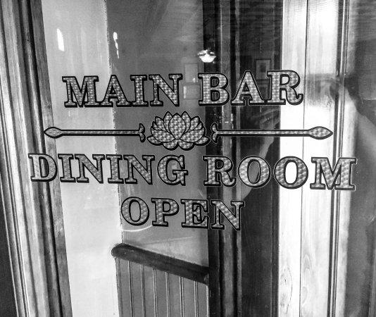 The National Hotel Restaurant and Bar : photo1.jpg