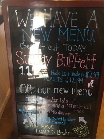 La Grange, KY: New Sunday brunch buffet.