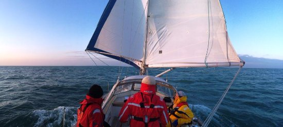 Sailing a yacht of Hamble Point Yacht Charters