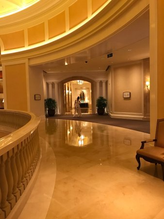 Four Seasons Hotel Macau, Cotai Strip: photo1.jpg