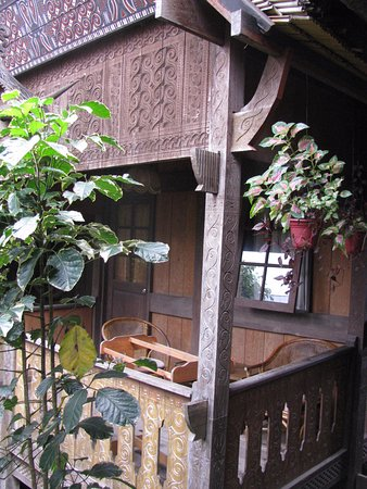 Duta 88 Cottages: веранда коттеджа