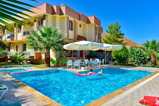 Margarita Hotel Photo