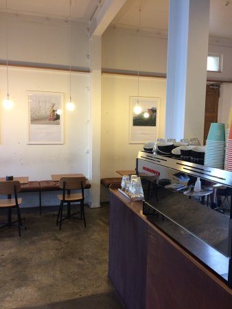 Lower Hutt, New Zealand: People's Coffee interior