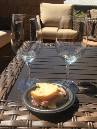 Paso Robles, كاليفورنيا: JUSTIN Vineyards and Winery