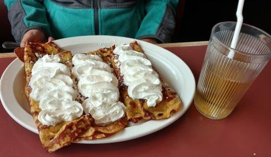 Crystal Lake, IL: Tony's Cafe
