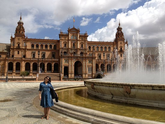 Photo of Monument / Landmark Plaza de Espana at Parque De Maria Luisa, Seville, Spain