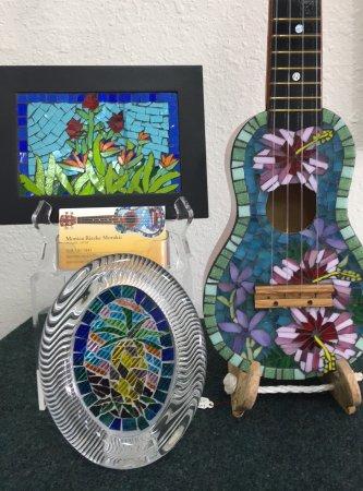 Wailuku, Havaí: Beautiful Mosaic Art by Monica RIecke Morakis