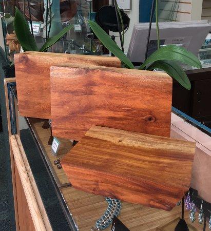 Wailuku, Havaí: Derek Bencomo's Opiuma wood cutting boards