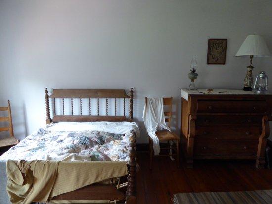 Front Royal, VA: Bedroom