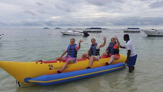 Castaway Island Fiji : The Banana Boat ride is a wicked experience that everyone should have a go on. We laughed so muc