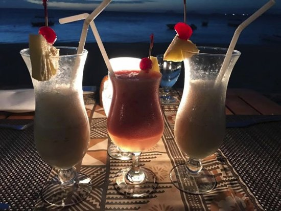 Castaway Island Fiji : Cocktails every night. If you stay on the island you need to give them a try.