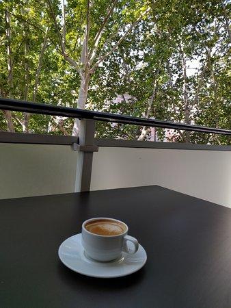 Hilton Garden Inn Rome Claridge: view from balcony; coffee from restaurant.