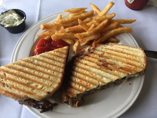 Media, Pensilvanya: Roast Beef Panini