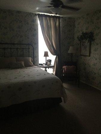 Weaver Inn Picture