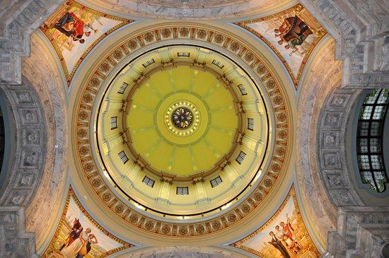 New Capitol Building Beautiful