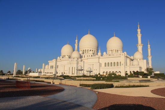 Mesquita sheik zayed em abu dhabi foto di abu dhabi emirate of abu dhabi tripadvisor - Abu dhabi luoghi di interesse ...