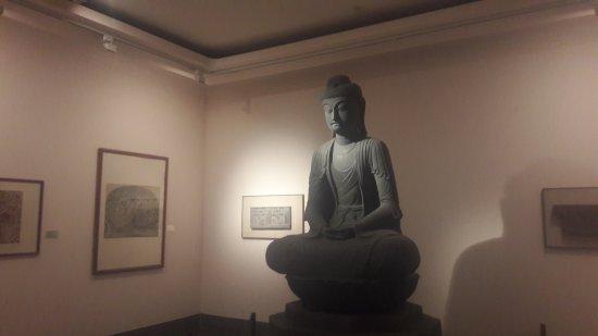 Fine Arts Museum (Bao Tang My Thuat): 20170425_105556_large.jpg