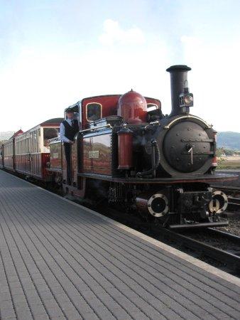 Ffestiniog & Welsh Highland Railways: Arrival
