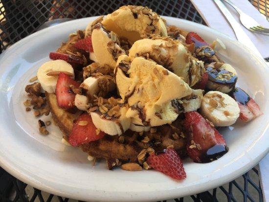 Pete's Breakfast House Restaurant: photo0.jpg