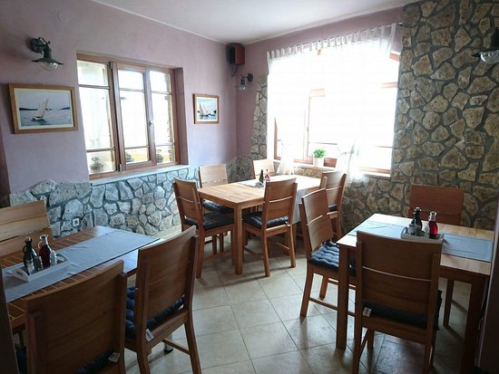 Murter, كرواتيا: inside :)