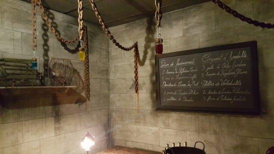 Robion, Francia: l'école des sorciers