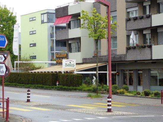 Zollikofen, Suiza: Aussenansicht!