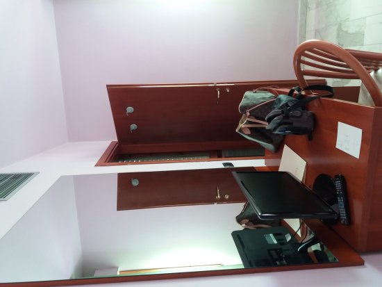 Latini Hotel: Camera 306