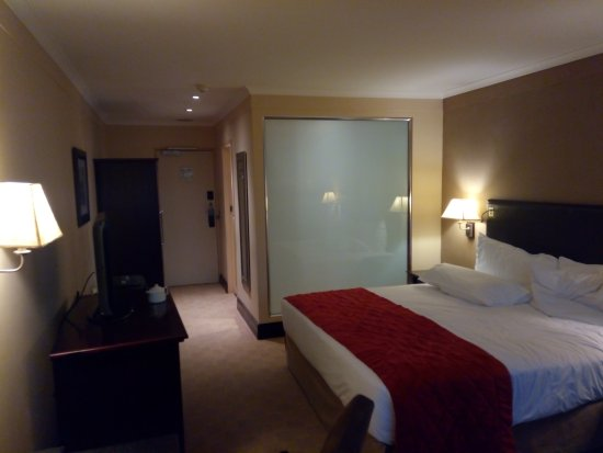 Southern Sun O.R Tambo International Hotel: Neat and clean with all conforts