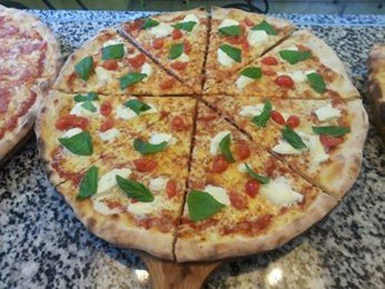 Grancia, Schweiz: pizza favolosa